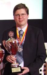 الفائز الثاني: Malakhov Vladimir